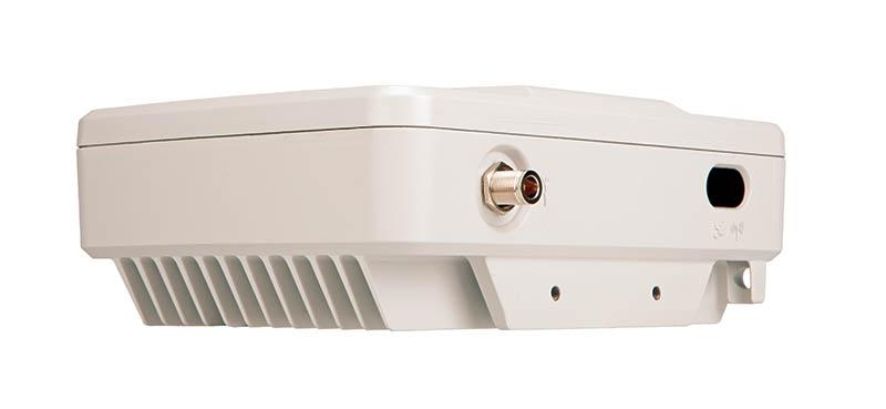 Motorola SLR 1000 Repeater linke Seite